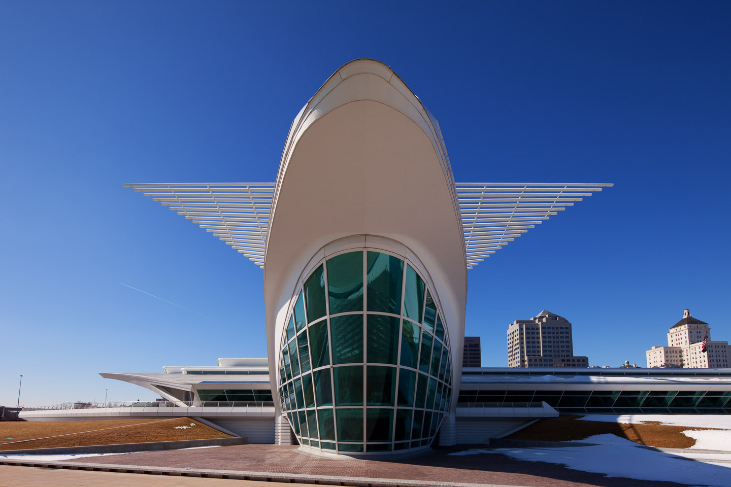 a head-on, rear exterior perspective of the Milwaukee Art Museum, designed by Santiago Calatrava, photographed by Jacob Rosenfeld
